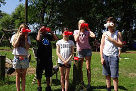 Kamp leerjaar 8 woensdag Compleet met de BONTE AVOND! – Een sportief dagje